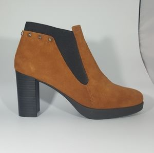 The Flexx Cognac Suede High Ankle Boot